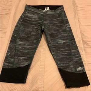 Addidas cropped leggings size small